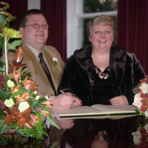 A picture of Seth and Lesley Goodburn at thier Wedding in December 2004